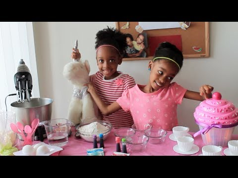 ✿‿✿ How to make Delicious Unicorn Rainbow Cupcakes 🍴 Cooking with kids