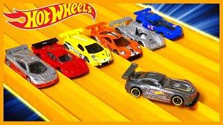 HOT WHEELS MERCEDES AMG GT3 vs 6 EXTREME RACE CARS
