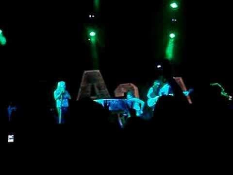 Motley Crue - Home Sweet Home - Live Cruefest 2008 Chicago