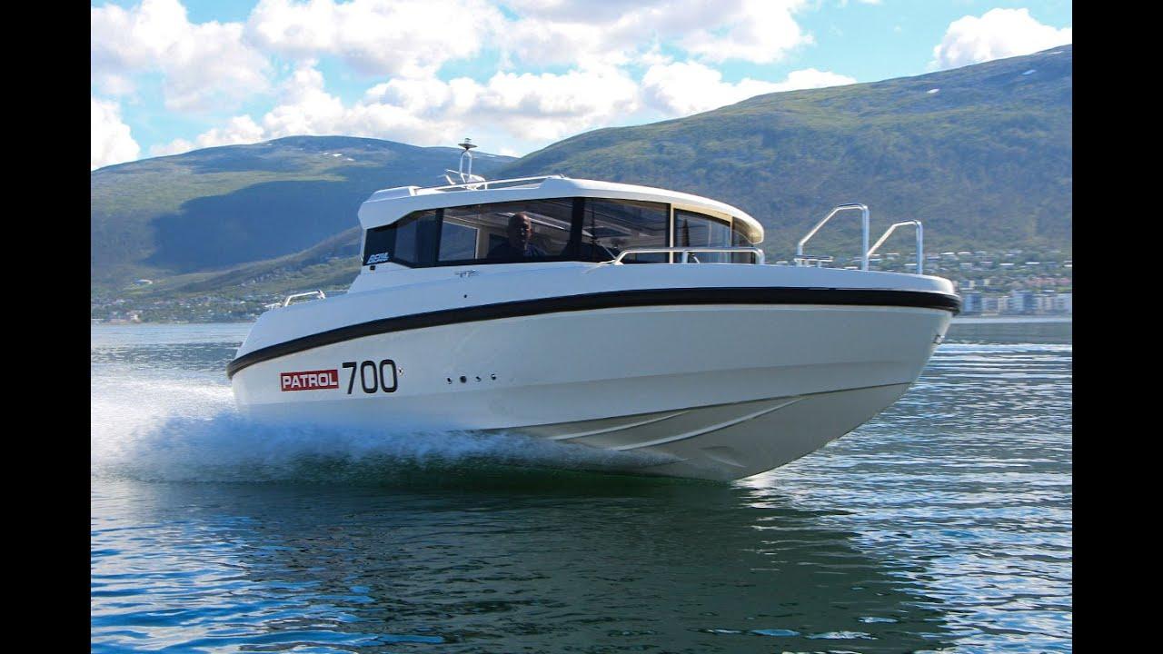 Обзор всепогодного катера Bella 700 Patrol для моря, рек и озер.