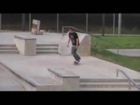 DJ skates Knoxville Skatepark