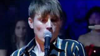 Franz Ferdinand - Take Me Out (LIVE at Jools Holland)