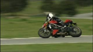 7. Ducati Streetfighter Test - Die nackte Duc im Rennstreckentest