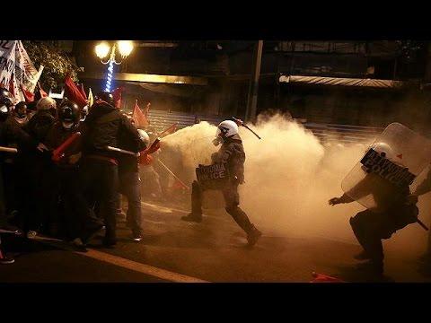 Αθήνα: Συγκρούσεις αντιεξουσιαστών – αστυνομίας στο περιθώριο της επίσκεψης Ομπάμα