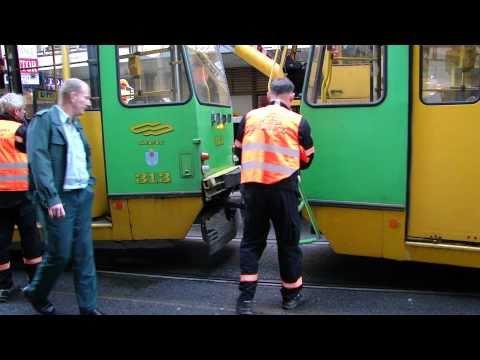 [HD] Podnoszenie tramwaju