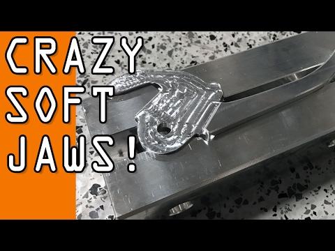 Crazy Shaped Soft Jaws!  WW134 (видео)