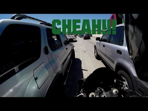 California - An example on how it looks to commute on southern California freeways on a motorcycle in traffic Bike: 2003 Kawasaki ZX-6R 636 Be sure to SUBSCRIBE to my 2nd channel and LIKE my Facebook...