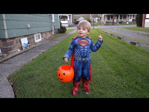 LOOK WHO'S SUPERMAN! Halloween 2017