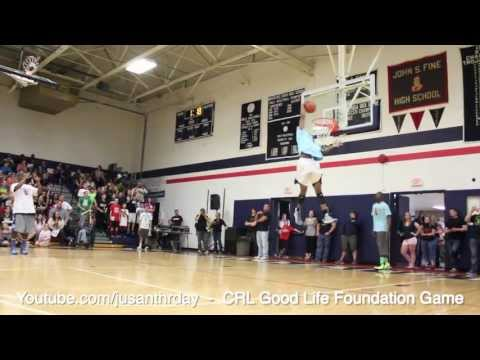 Great Soccer-Inspired Alley-Oop!