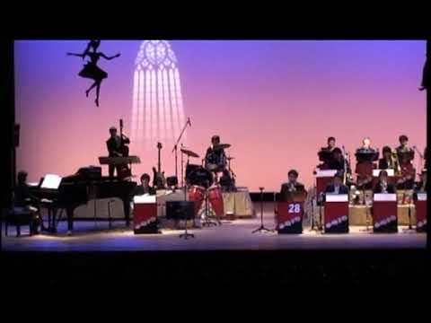 In het arrangement zoals JD's Big Band het nummer speelt, hier uitgevoerd door Big Band SMJO uit Chi