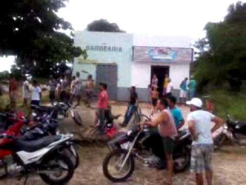 População coloca fogo na cepisa em Palmeirais 22 04 14