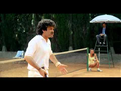 mezzo destro mezzo sinistro: partita a tennis esilarante!