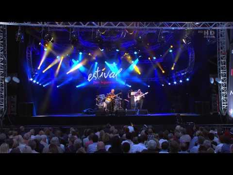 Larry Carlton Trio – Estival Jazz Lugano 2011 – Tab N.1