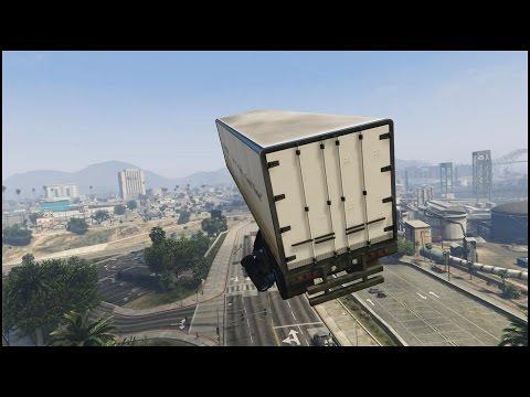 這位神一般的俠盜獵車手玩家先是讓卡車在空中支解,然後用讓遊戲公司也傻眼的方式落地!