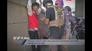 Video Periksa Terduga Preman, Tim Tiger Temukan Barbuk untuk Nyabu Part 02 - Police Story 18/07 MP3, 3GP, MP4, WEBM, AVI, FLV Agustus 2018