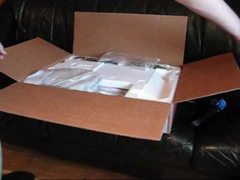 LG 1080p Full HD 22 inch LCD unboxing