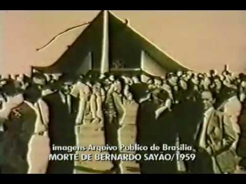 Corpo do engenheiro Bernardo Sayão chega a Brasília, em 1959.