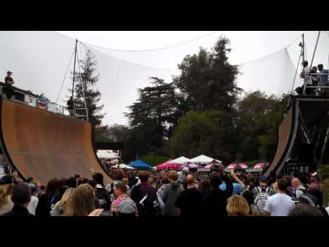 Halfpipe - TONY HAWK, SERGIO VENTURA, LINDSEY WESTFALL, NEAL HENDRIX, LINCOLN UEDA, AND MATT HOFFMAN HALF PIPE DEMO.