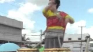 Arawan Moo7 Thailand Festival Parade Dancing2
