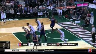 Giannis Antetokounmpo dunk against Phoenix