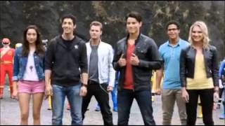Video Power Rangers Super Megaforce - Guerra Legendaria MP3, 3GP, MP4, WEBM, AVI, FLV Juli 2018