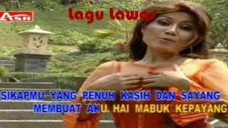 Rita Sugiarto - Pria Idaman (Video + Lirik)