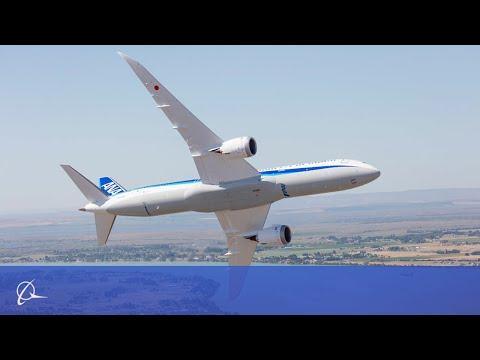 Boeing 787-9 Dreamliner на авиашоу - вертикальный взлет