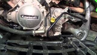 7. Kawasaki KFX 700 - Draining the oil