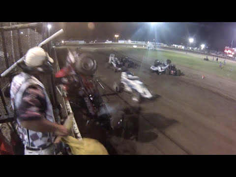 USAC Sprint Car flies into Starter Stand