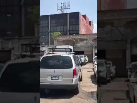 Momento en el que edificio cae durante el sismo México 19 Sep 2017 (видео)