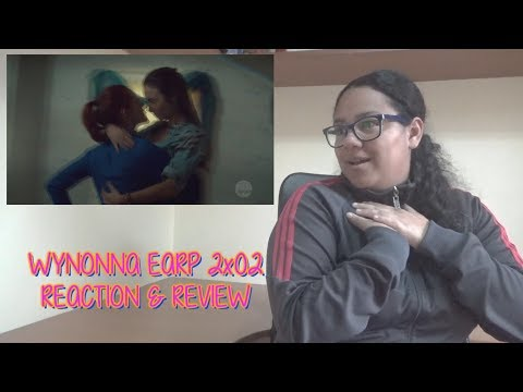 """Wynonna Earp 2x02 REACTION & REVIEW """"Shed Your Skin"""" Season 2 Episode 2  S02E02 