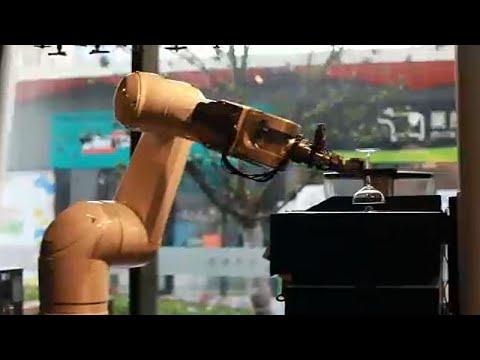 Ξενοδοχείο τεχνητής νοημοσύνης από το μέλλον άνοιξε στην Κίνα…