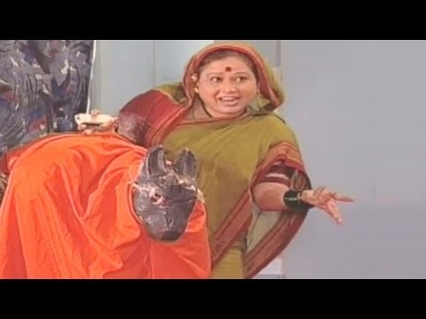 Video Mohan Joshi, Savita Malpekar  - Gadhavach Lagn Comedy Scene 14/15 download in MP3, 3GP, MP4, WEBM, AVI, FLV January 2017