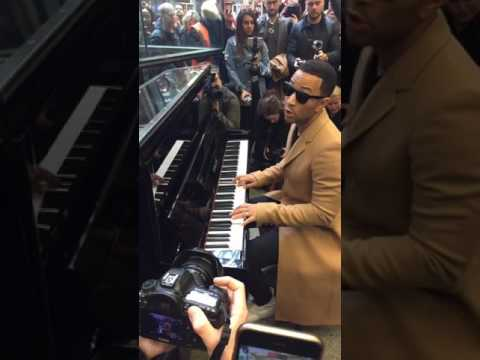 John Legend - All of Me & Surefire - Live at St Pancras International