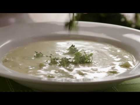 Soup Recipes – How to Make Broccoli Cheese Soup