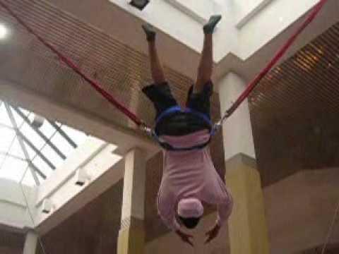 Bungee Jumping blooper GUY FALLS TWICE!!!