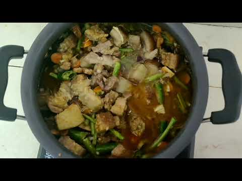 Let's make Nigerian Pork curry.