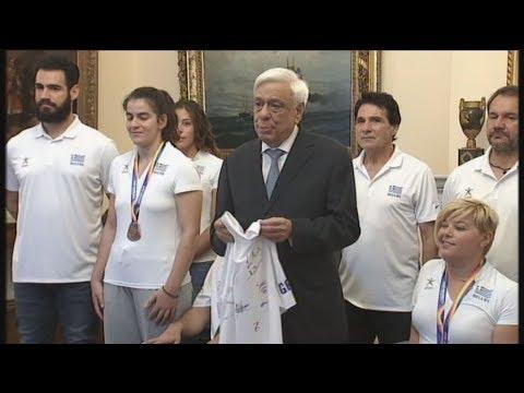 Βράβευση των αθλητών της Εθνικής Ομάδας Στίβου ΑμεΑ από τον Πρ. Παυλόπουλο