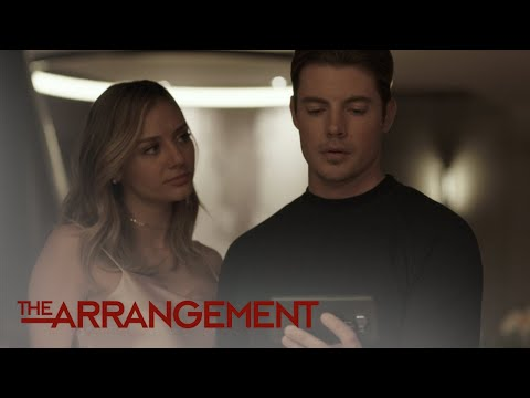 How Will Kyle West React to Being Mocked in Public? | The Arrangement | E!