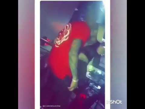 Blac Chyna kissing