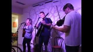 Video Tiché Vlny - Znamení (Open-Mic v kavárně Dadap)