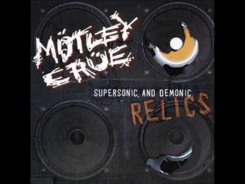 Tekst piosenki Motley Crue - Monsterous po polsku