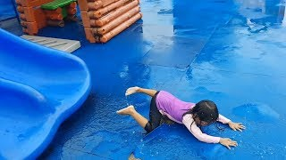 Video Rainy Day at the Playground - Donna The Explorer download in MP3, 3GP, MP4, WEBM, AVI, FLV January 2017