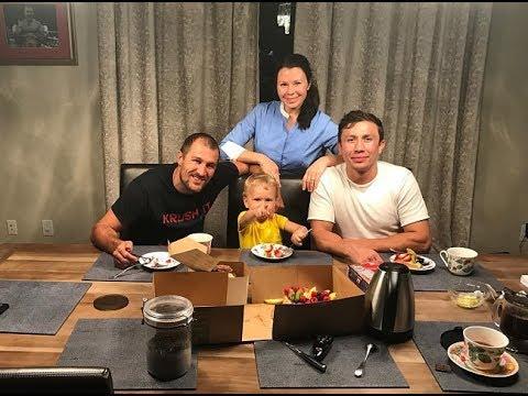 Дружеский ужин семьи Ковалёвых и Геннадия Головкина