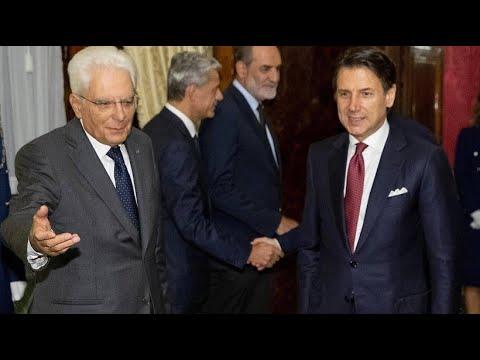 Italien: Präsident Mattarella sucht einen Wege aus de ...