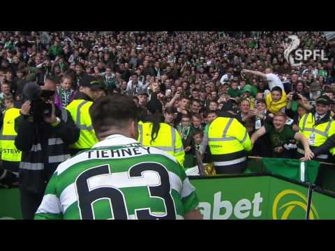 Kieran Tierney takes selfies with the Celtic fans!