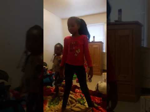 Taraji  Dancing To Rihanna  Work.
