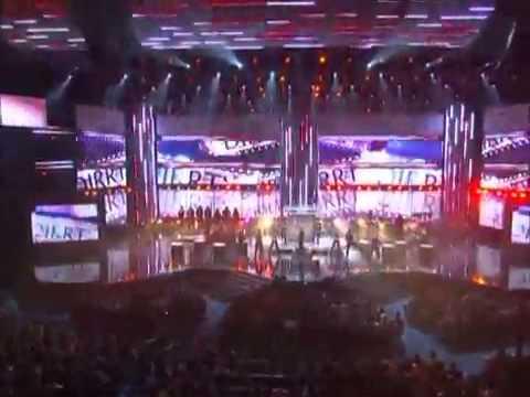Christina Aguilera Keeps Gettin´ Better A Decade Of Hits Live AMA 2008