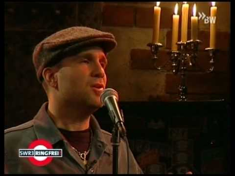 Jules - Gary Jules performs live his Tears for Fears cover: Mad World!
