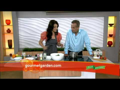 Quick & easy recipes for a midweek dinner with friends. Dominique Rizzo & Gourmet Garden.